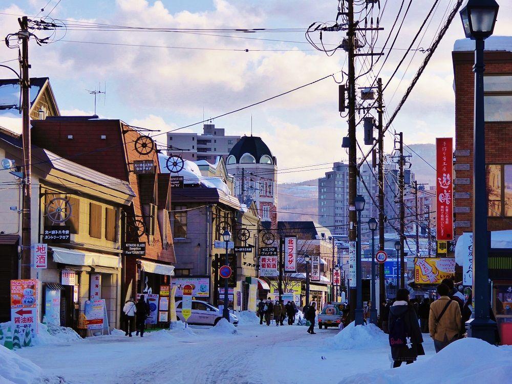 歴史情緒あふれる「堺町通り」で小樽観光&お土産探しを満喫