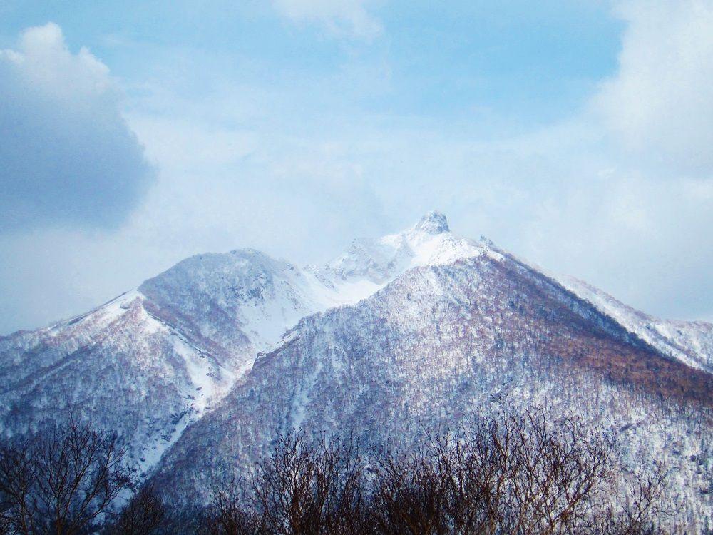 必見!「幌平山」山頂から眺める恵庭岳爆裂火口