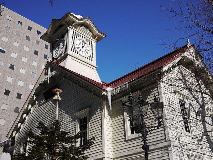 1日目 午前:「札幌市時計台」で写真撮影と内部鑑賞