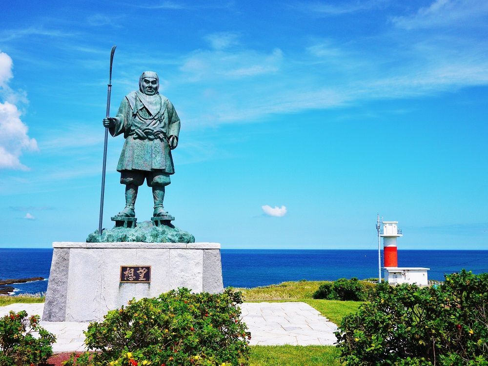 弁慶ゆかりの地から眺める美しい海!北海道寿都町「弁慶岬」