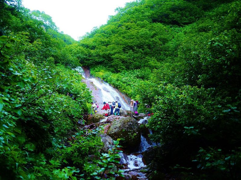 沢登りも楽しめる!知床半島の付け根にそびえる斜里岳登山