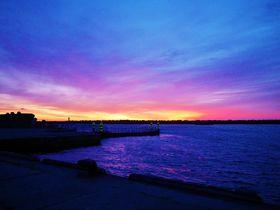 利尻富士の展望に朝焼け!礼文島の美しき玄関口「香深港」|北海道|トラベルjp<たびねす>