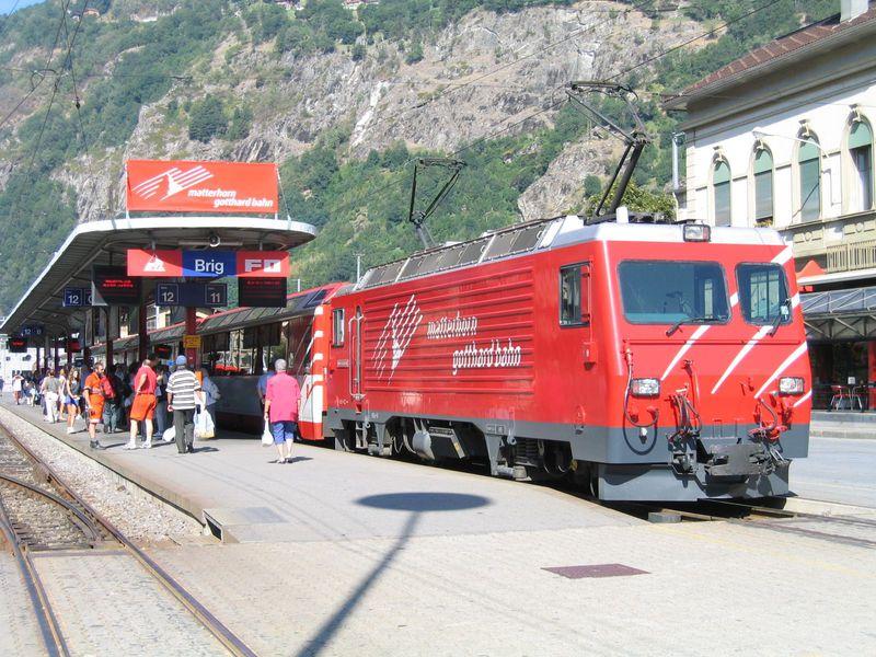 スイスアルプスを鉄道で横断!途中下車の旅♪〜氷河急行乗り撮り歩き