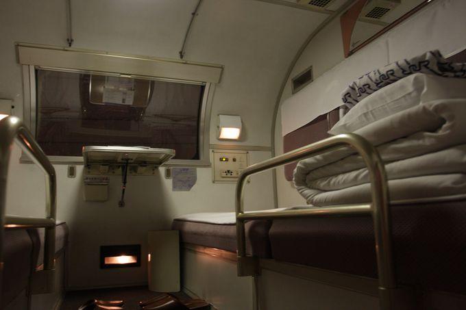 """ブルートレインの完成型…""""最後""""の機関車・車両設備に注目!"""