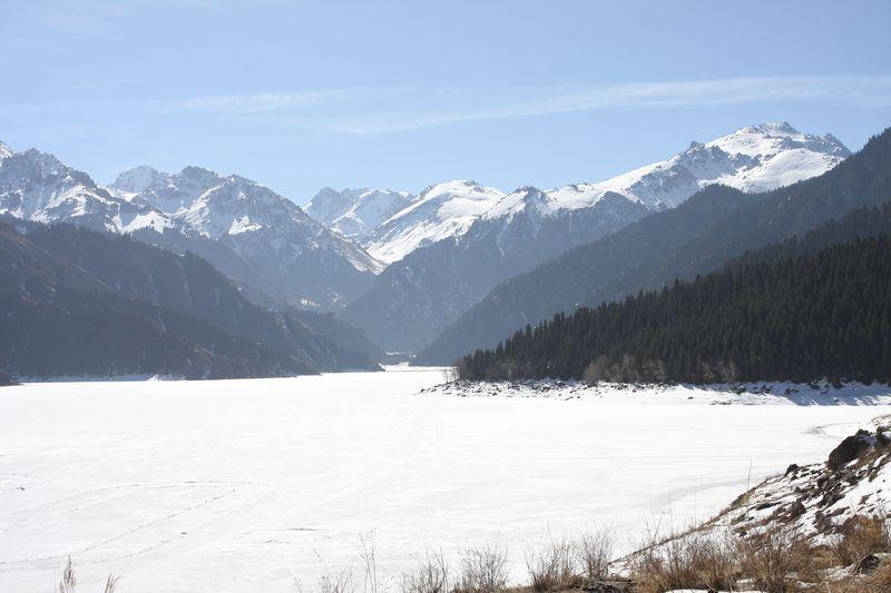 シルクロードの秘境・世界遺産!〜新疆天山・天池を旅する徹底ガイド
