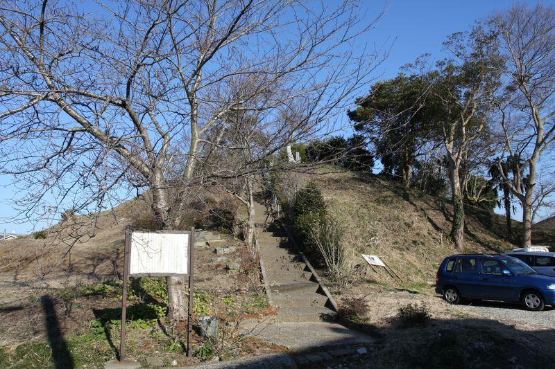 古代史の謎に迫る?千葉県香取市・水郷地帯の大塚山古墳を訪ねる