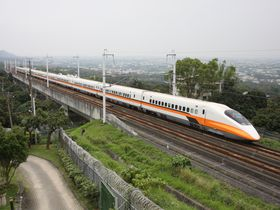 台湾中部・絶景レストランで新幹線を撮影しよう!…彰化県「銀河鐵道」探訪ガイド