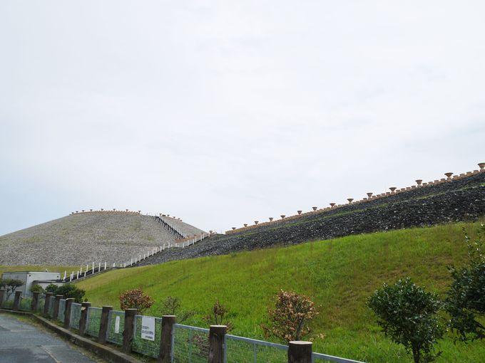 五色塚古墳は仁徳天皇陵と同じ「前方後円墳」