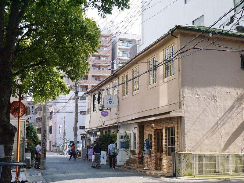 雑貨天国!神戸乙仲通りは雑居ビルがおもしろい!