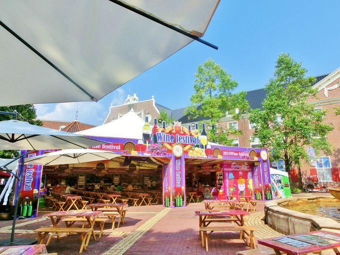 ワイン祭のメイン会場・噴水広場