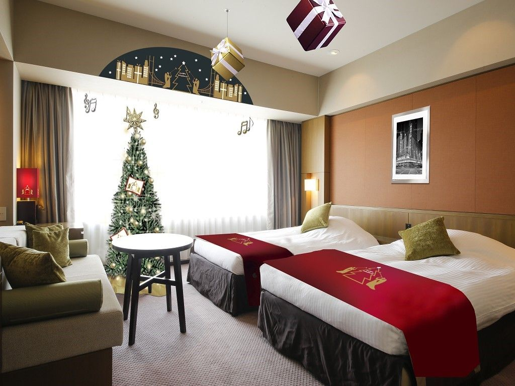 恋人の聖地に認定「ホテル京阪ユニバーサル・タワー」のクリスマス