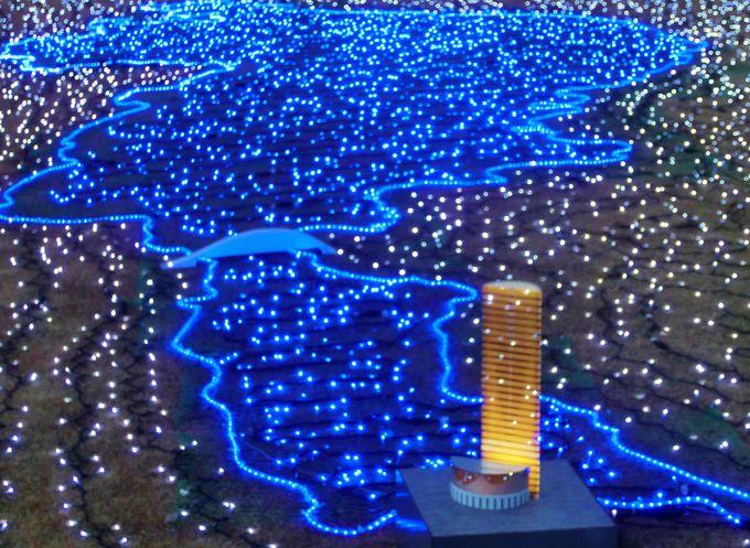 琵琶湖を表したイルミネーションスポットも