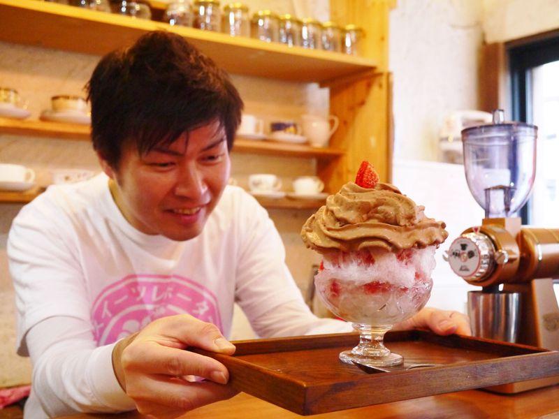 大阪のチョコレート研究所でチョコ食べ比べ!カカオ豆からチョコ作りイベントも