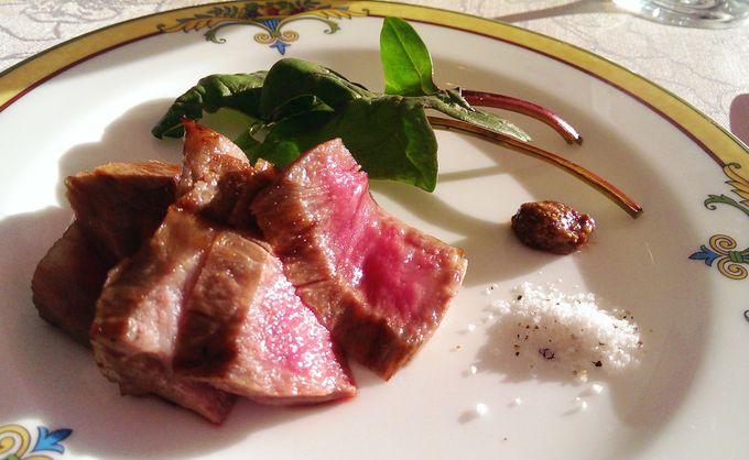 朝から近江牛のステーキ