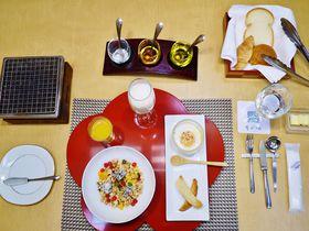 限定10食のセレブの朝食!片山津温泉「季がさね」でモダンステイ|石川県|トラベルjp<たびねす>