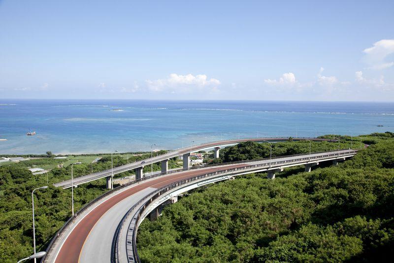 沖縄南部 パワスポも海もカフェも!5時間完結ドライブコースのススメ