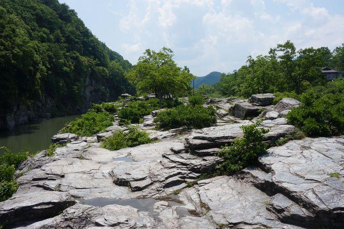 長瀞の観光名所「岩畳」の散策もお忘れなく♪