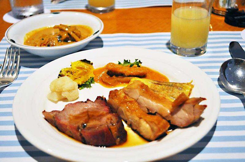 劇団四季を観た後は、インターコンチネンタル東京ベイの「ブルーベランダ」で贅沢ランチブッフェ