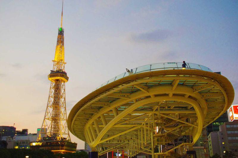 まるで宇宙船!?名古屋の中心地で空中散歩「オアシス21」