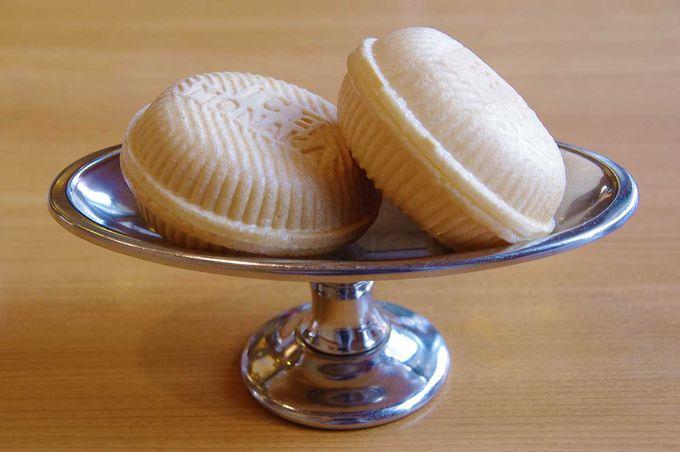 昔から変わらぬ製法で作られているアイス最中。