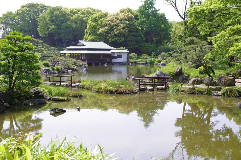 あの三菱財閥の創業者、岩崎弥太郎(岩崎家)の財力により、脈々と受け継がれてきた名園!「清澄庭園」