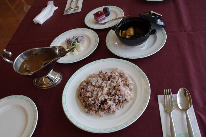 契約農家の野菜や卵を使ったマクロビオティック料理