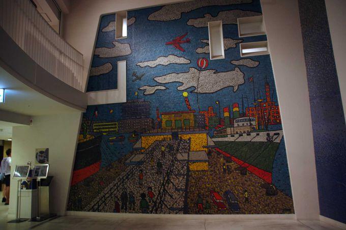 ギャラリーホールにあるのは、山下清画伯の壁画