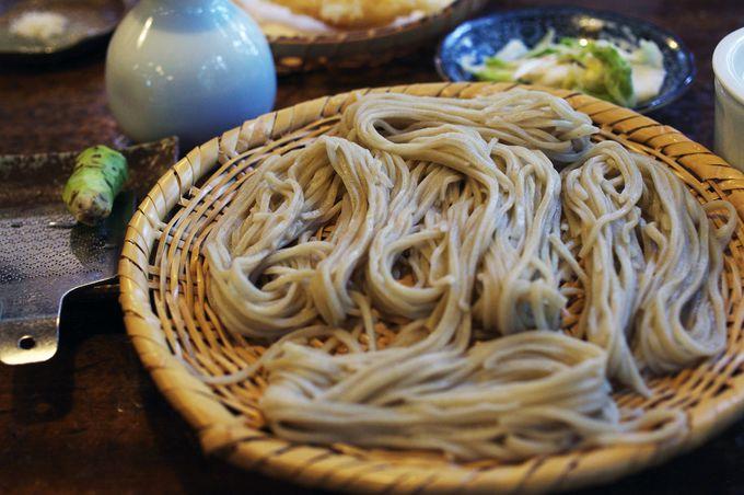 【1位】「うずらや」の戸隠蕎麦が美味しい秘訣とは?