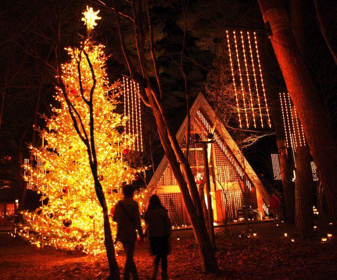 【軽井沢高原教会】17時から点灯開始!教会ではハンドベルコンサートも