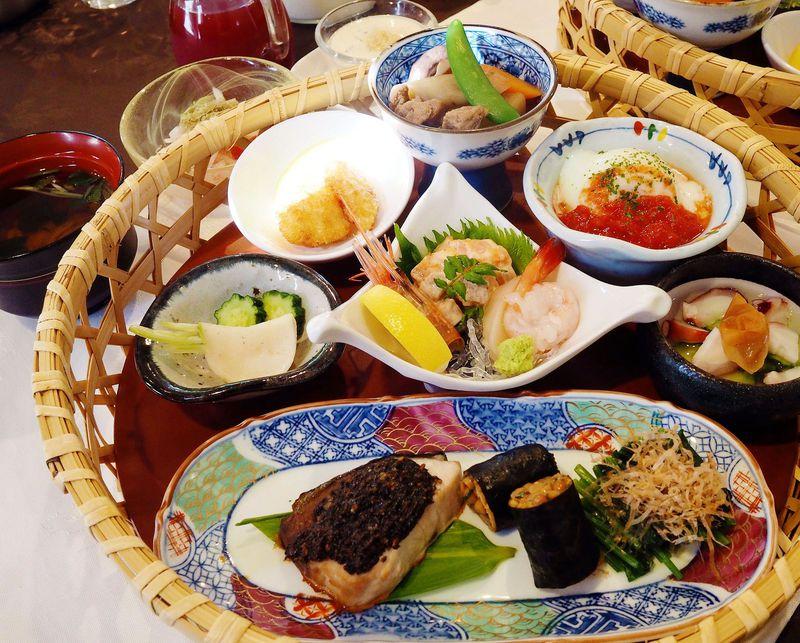 豪華な朝食に思わず歓声!福島の感動ペンション「プチポワ」