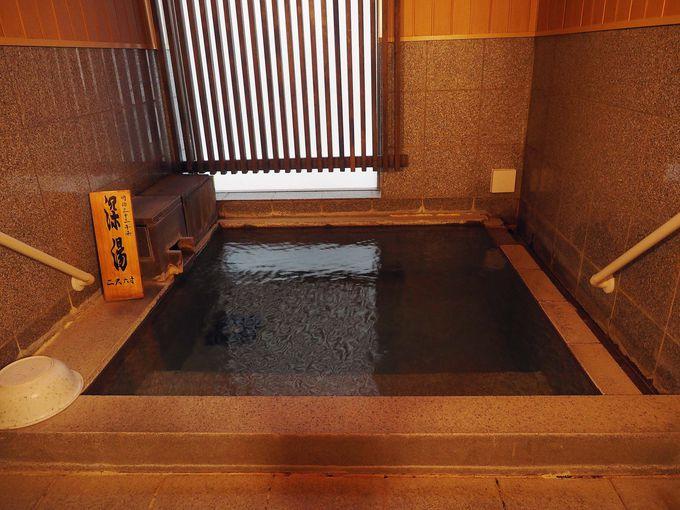 120年前の温泉そのまま!内風呂は湯畑源泉100%の源泉掛け流し