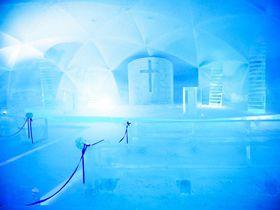 北海道に1ヶ月だけ出現!星野リゾート トマム「氷の教会」が異次元レベルで美しい|北海道|トラベルjp<たびねす>