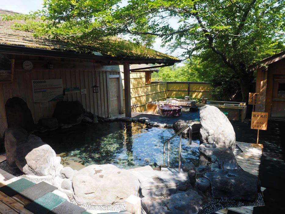 木造のシックな雰囲気に癒される内風呂
