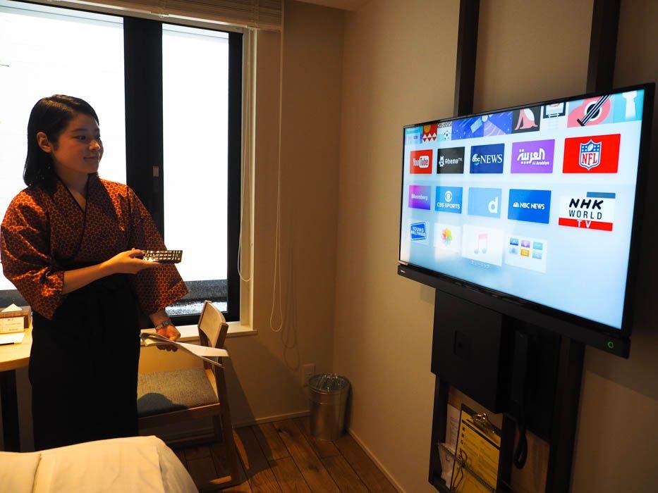 アップルTVも完備!シンプルで機能的な客室
