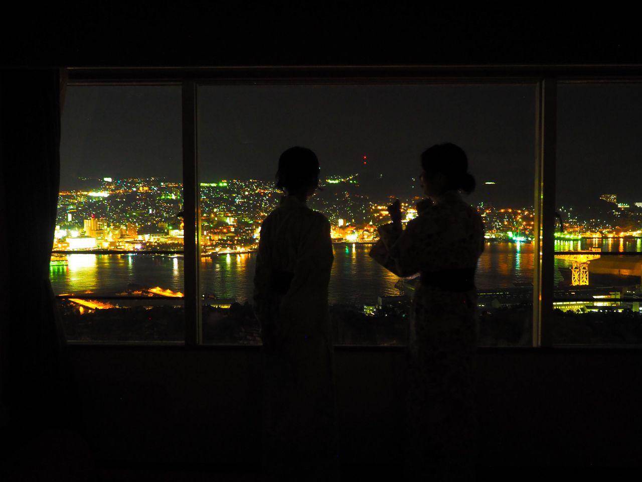 絶景に出会える「大江戸温泉物語 長崎ホテル清風」の客室