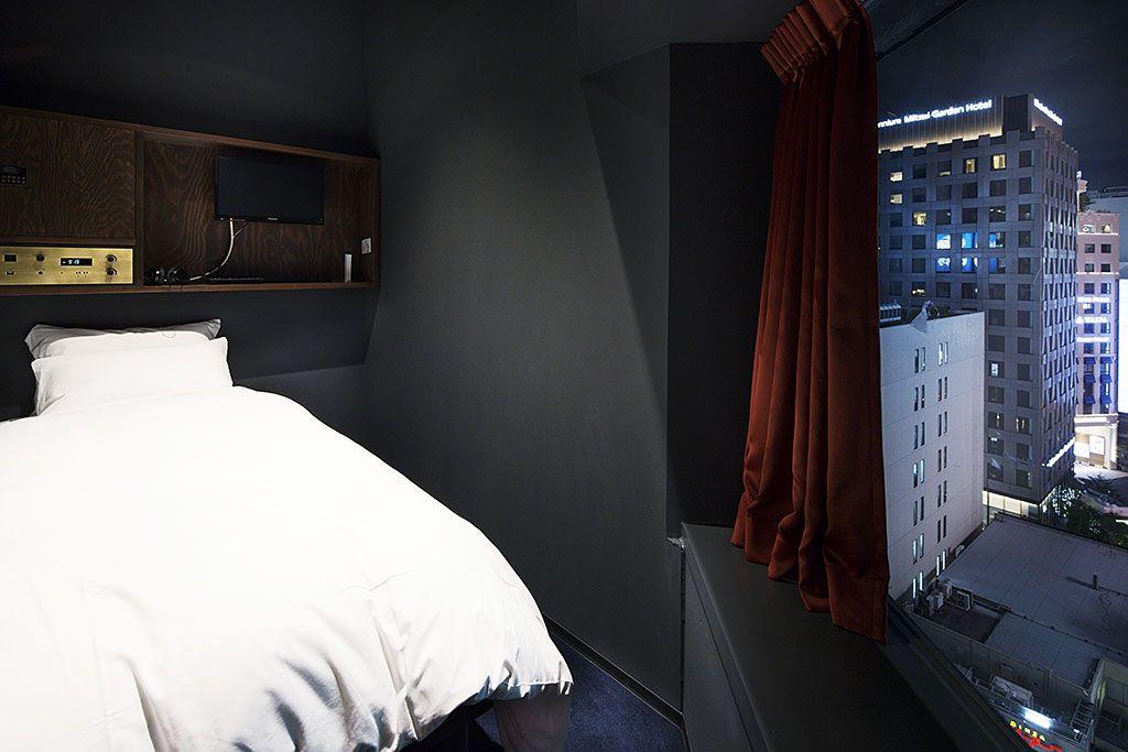 窓付きの部屋も!グランドビュールームでゆったり広々ステイ