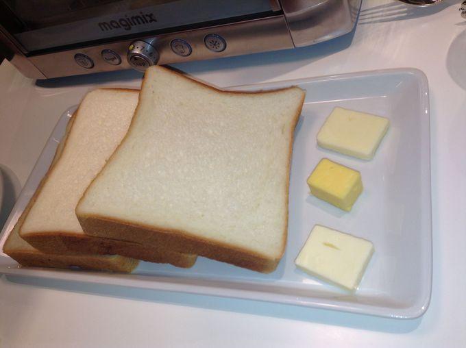 パンの食べ比べが楽しいトーストセット!