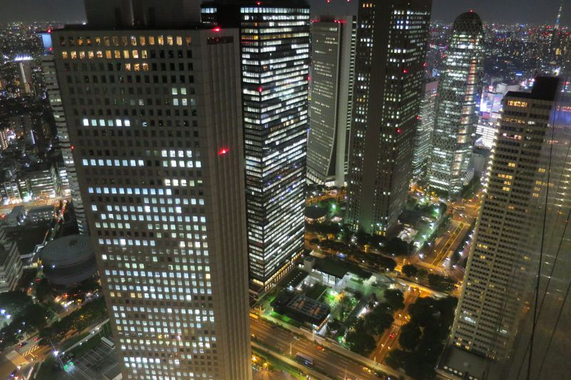 新宿・都庁展望室は入場無料!東京観光のシメに絶景夜景を!