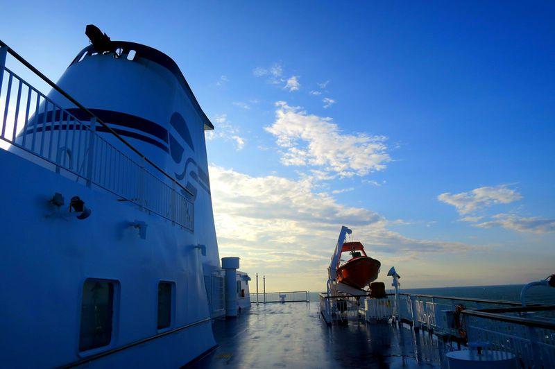 これが魅惑の船内!姉妹船もすれ違う仙台発、太平洋フェリーで感動のクルーズを!