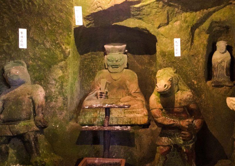 極楽浄土を目指せ!大分県「地獄極楽」は体験型仏教洞窟ミュージアム