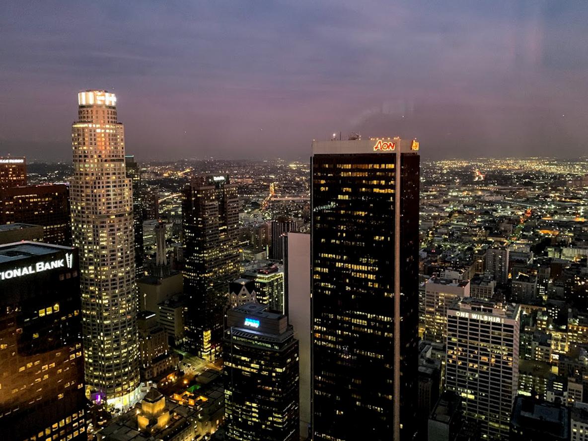 米・LAの絶景バー「Spire73」は摩天楼を俯瞰できる穴場夜景スポット