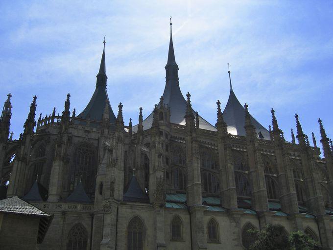 建設に500年!聖バルバラ大聖堂