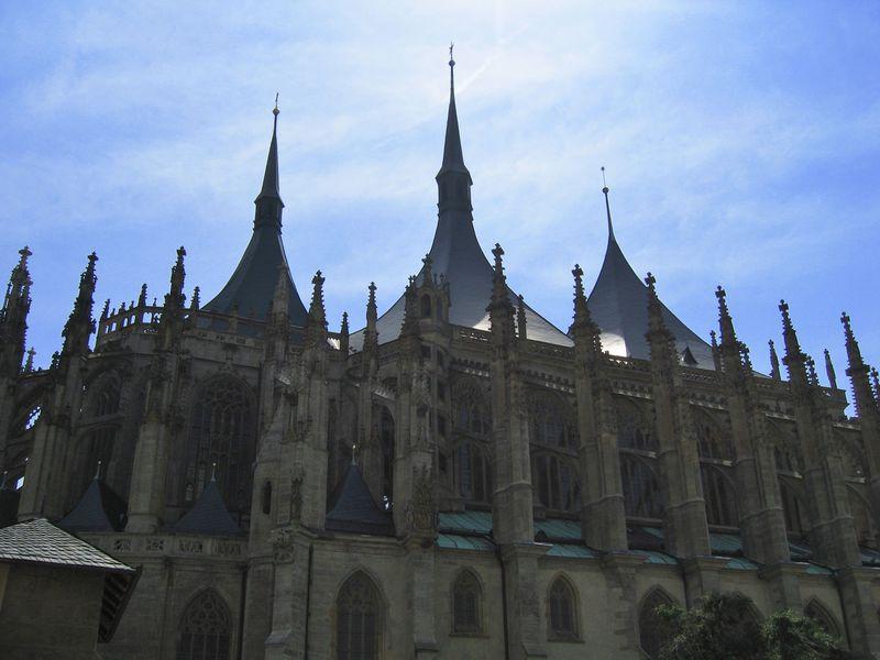 プラハからの日帰り旅行に!チェコ・クトナーホラ歴史地区