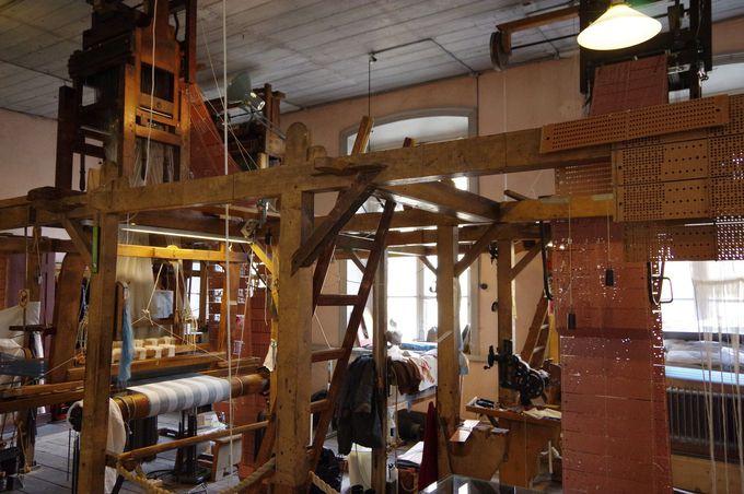 ジャガード織りを見学できる美術館