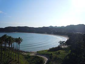 南伊豆 日本の渚百選、弓ヶ浜海岸を見渡せる絶景はここだけ!全室オーシャンビュー「壷中の天 宿○文」|静岡県|トラベルjp<たびねす>