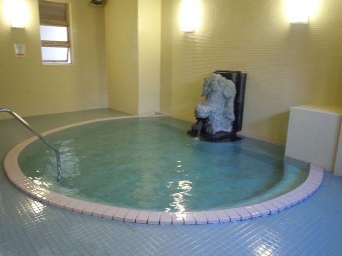伝統ある湯が楽しめる、東海館の日帰り入浴