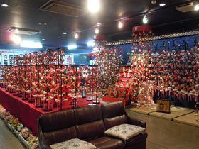 伊豆で最大の展示本数を誇る、つるし飾り展~伊豆の国市、蔵屋鳴沢~|静岡県|トラベルjp<たびねす>
