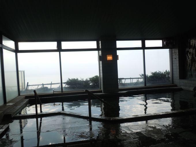 広〜いお風呂、良い眺望で満ち足りたバスタイム