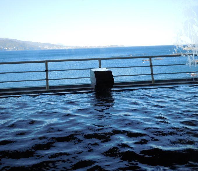 気分爽快! 水平線まで見渡せる貸切風呂「雲海」