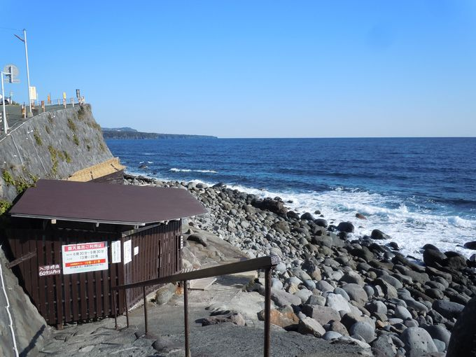 ここを訪れたら絶対に入りたい!無料で入れる海抜0mの絶景風呂!